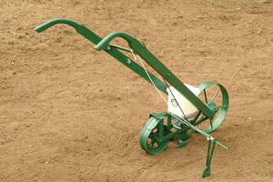 Hand Seeder Back